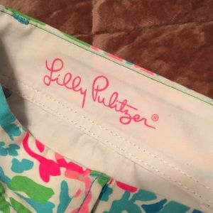 NWOT- Lilly Pulitzer The Callahan short. Size 14